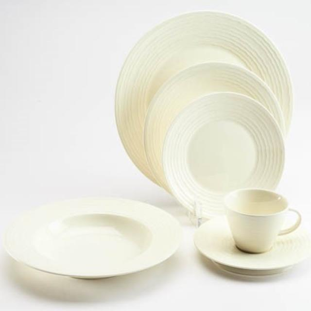 Where to find CHINA SET - IVORY in Sedona