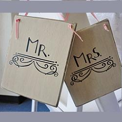Where to find MR   MRS SIGNS in Sedona